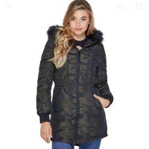 Guess Womens Rokky Longline Puffer Jacket Camo
